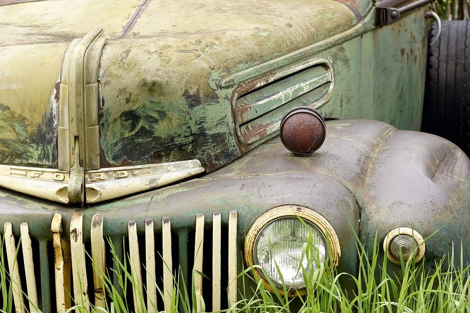 Classic & Vintage Car Memorabilia | Antique Car Pictures